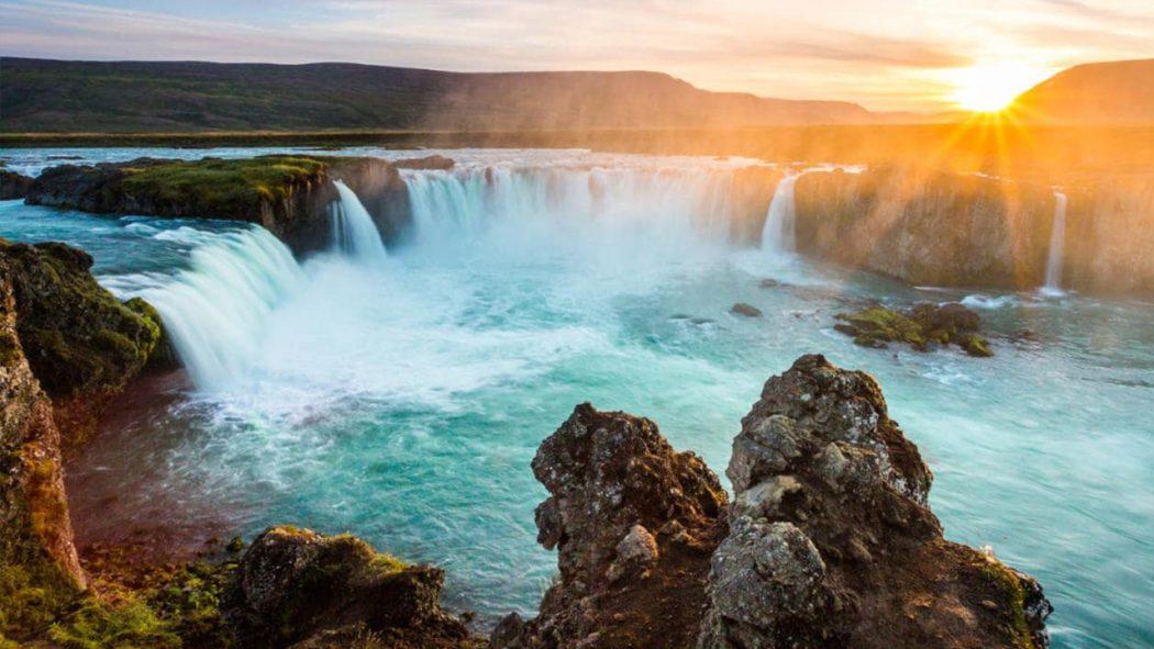 الطبيعة الساحرة في آيسلندا