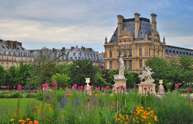 أشهر الأماكن السياحية في باريس