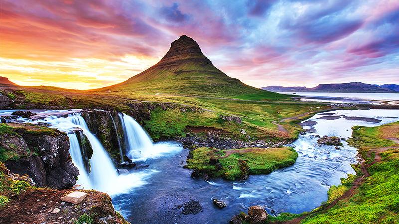 اللجوء الى ايسلندا
