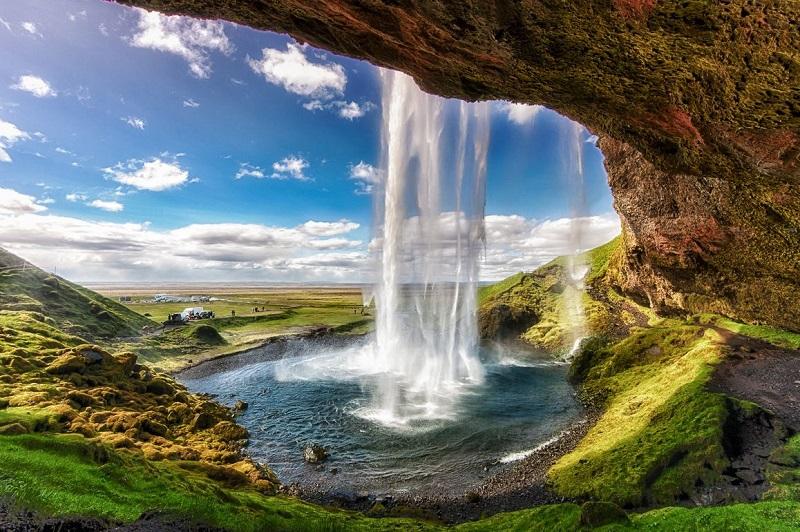 تاشيرة دراسة فى ايسلندا