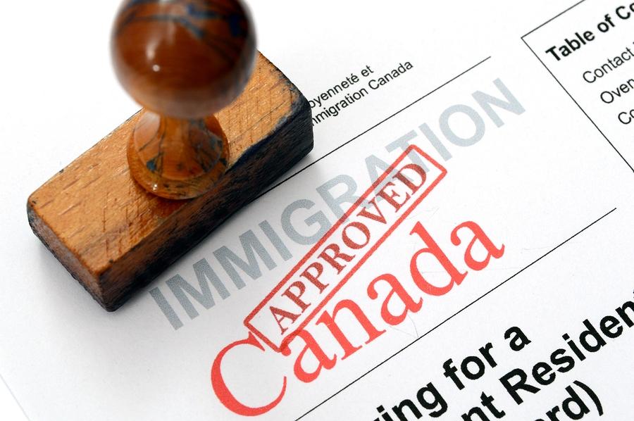 شروط السفر إلى كندا