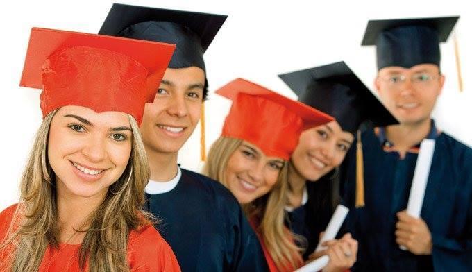 منح دراسية مجانية بالإمارات