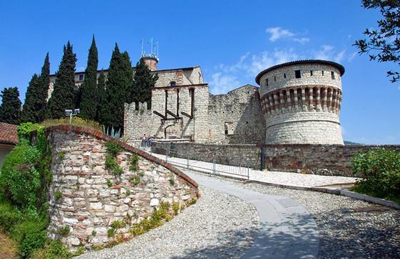 Photo of السياحة في بريشيا الإيطالية وأهم الأماكن السياحية