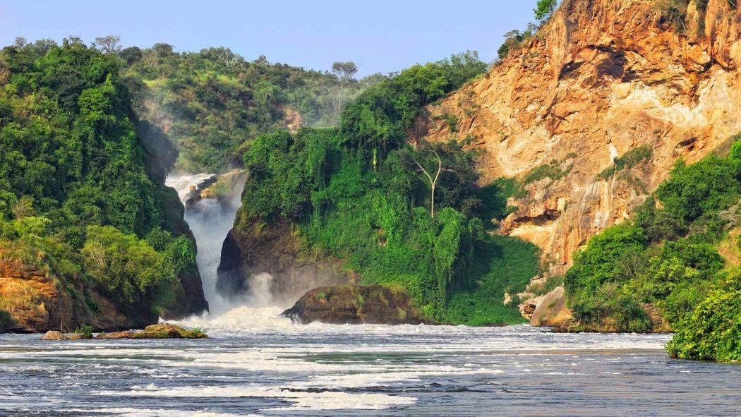 السفر إلى أوغندا