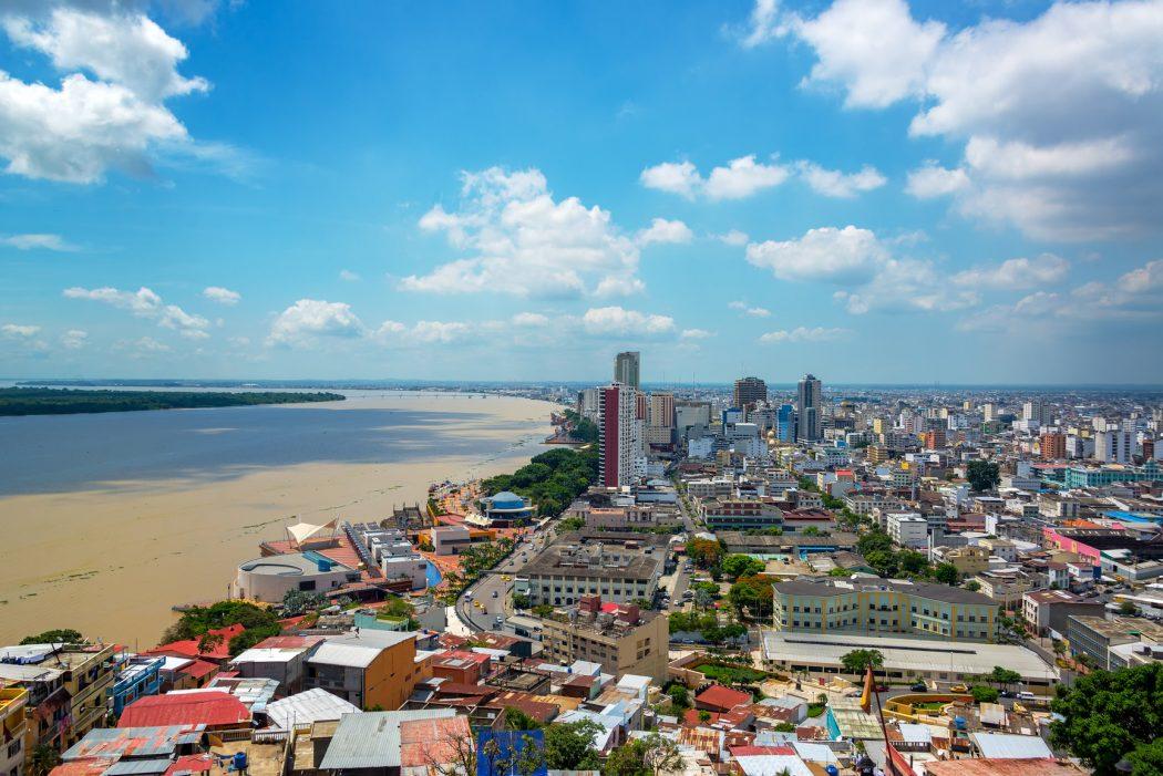 Photo of السياحة والسفر إلى الإكوادور وكل المعلومات الهامة عن أوراق السفر والسياحة في الإكوادور