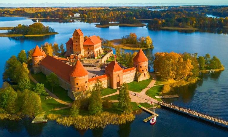 الدراسة في ليتوانيا وأهم مجالات الدراسة بها والأسعار والشروط للتقديم في الجامعات