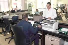 Photo of المهن المسموح لها بالاستقدام وشروطها للزوجة والأبناء
