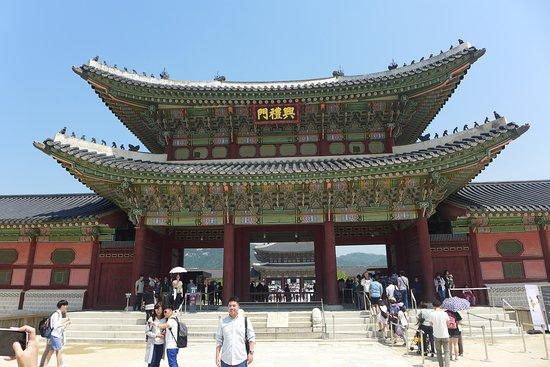 كوريا الجنوبية سياحة وتسوق