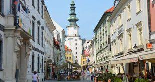 السياحة والهجرة الي سلوفاكيا
