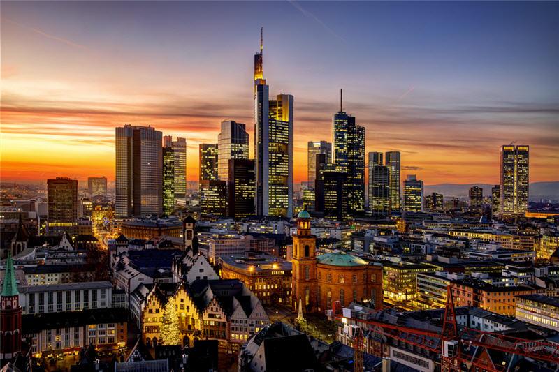 Photo of السياحة في فرانكفورت وأقرب الفنادق منها