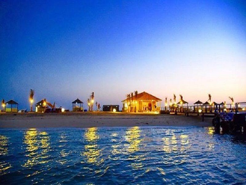 رحلتي إلى جزيرة أحبار بالصور وأسعار الدخول سفر