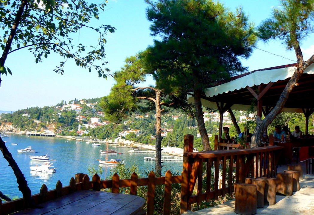 Photo of رحلة الي جزيرة الاميرات بالصور أجمل الجزر السياحية في تركيا