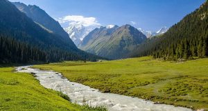 طبيعة أوزبكستان الخلابة