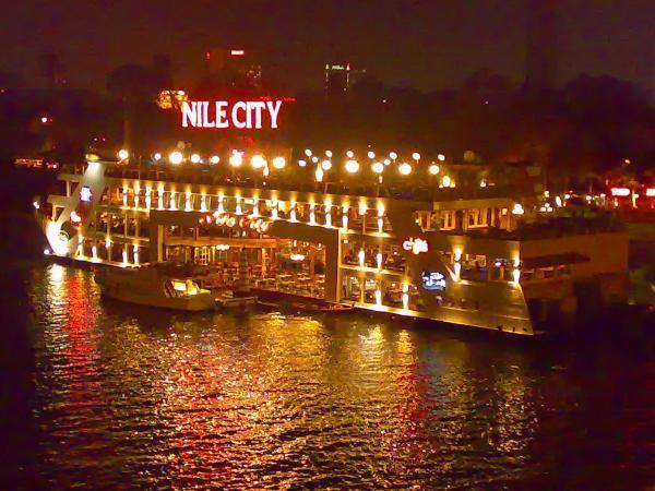 أسعار البواخر النيلية المتحركة