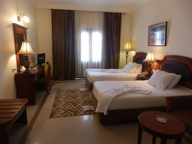 فندق كورال هيلز مرسى علم