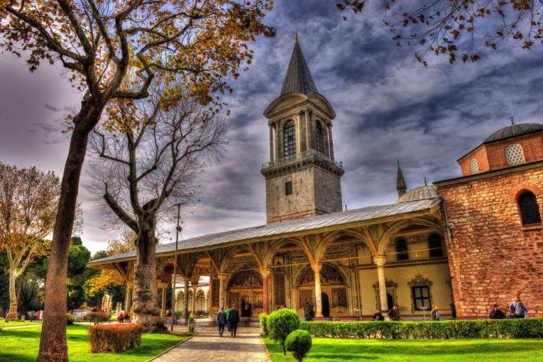 Photo of قصر توبكابي وأهم الأنشطة السياحية به