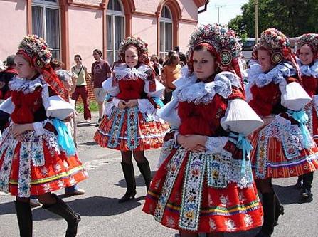 Photo of أهم عادات وتقاليد التشيك ..تعرف عليها