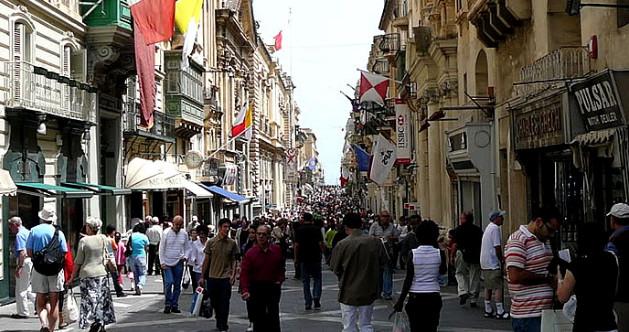 Photo of التسوق في مالطا وأشهر الأسواق الرائعة الموجودة هناك