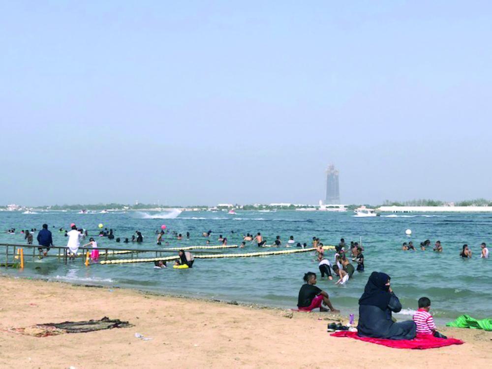 شاطئ الاسكندرية ابحر